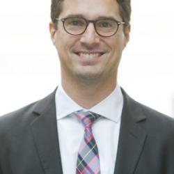 Dr Florian  Urmetzer